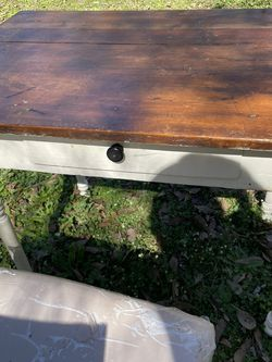 Desk & Chair for Sale in Smyrna,  GA