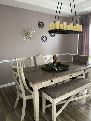 Tyler Creek Dining Table with 5 chairs and Bench!!! for Sale in Plainfield, IL