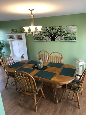 Beautiful oak dining room table set with leaf to make it longer good condition 7ft long x 3/1/2 wide longer with the lead added about 81/2 for Sale for sale  Hasbrouck Heights, NJ