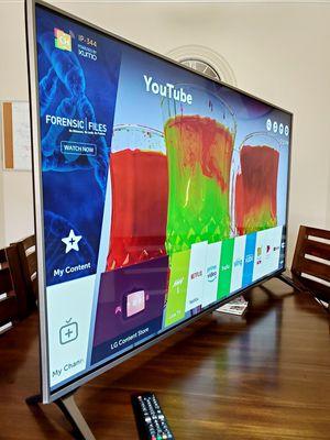 "Lg 65"" Smart Tv uj7700 4k HDR!! MAGIC REMOTE!!! for Sale in Mesa, AZ"