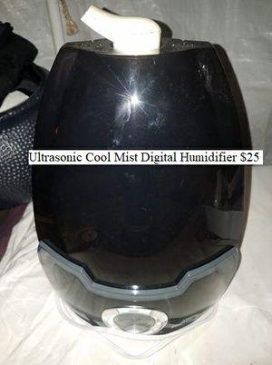 Ultrasonic Cool Mist Digital Humidifier $25 for Sale in Dresden, OH