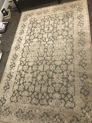 Cream colored rug for Sale in South Jordan, UT