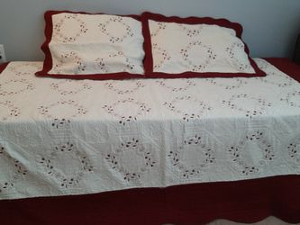 All Metal Frame Hi-riser W/ Pull Out Bottom That Opens To A King Size Bed. Custom Made Mattresses. 76x33 Top And Bottom.king Size for Sale in Ridge,  NY