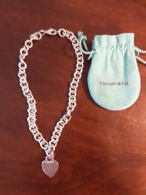 Tiffany & Co heart pendant necklace for Sale in Riverview, FL
