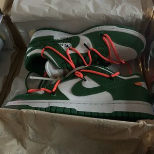 Off White Dunks SB for Sale in Stonecrest, GA