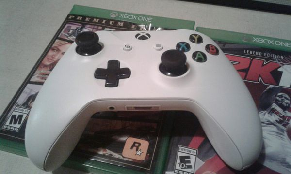 780tb Xbox one cordless controller rechargeable battery rechargeable battery 3game hard copy and bunch on game 160firm
