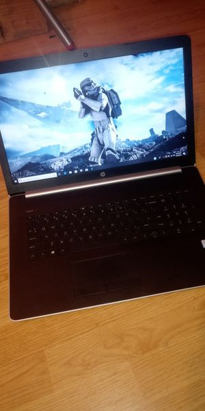 HP laptop 17-by0068cl i7 8th gen, 2tb hd, win 10 backpack included Condition: Like new for Sale in Denver, CO
