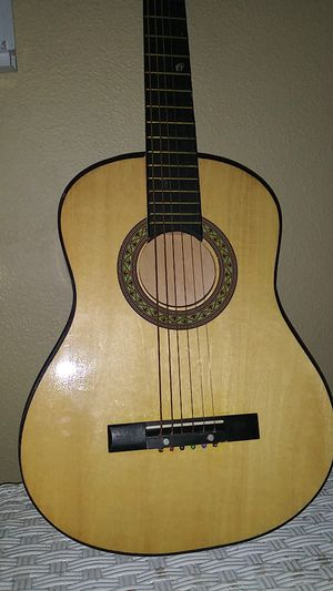 Small guitar for Sale in OR, US