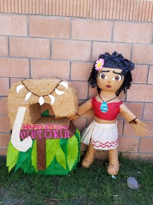 Moana piñata for Sale in Paramount, CA