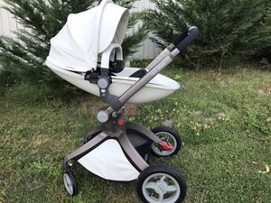 Hot Mom stroller for Sale in Mint Hill, NC