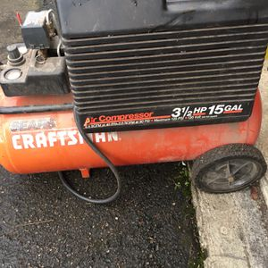Craftsman Air Compressor (works!!) for Sale in Lynnwood, WA