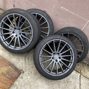 Avant Garde M615 Rims & Nitto tires 22 For Jeep Grand cherokee & Dodge Durango 5x127 for Sale in The Bronx, NY