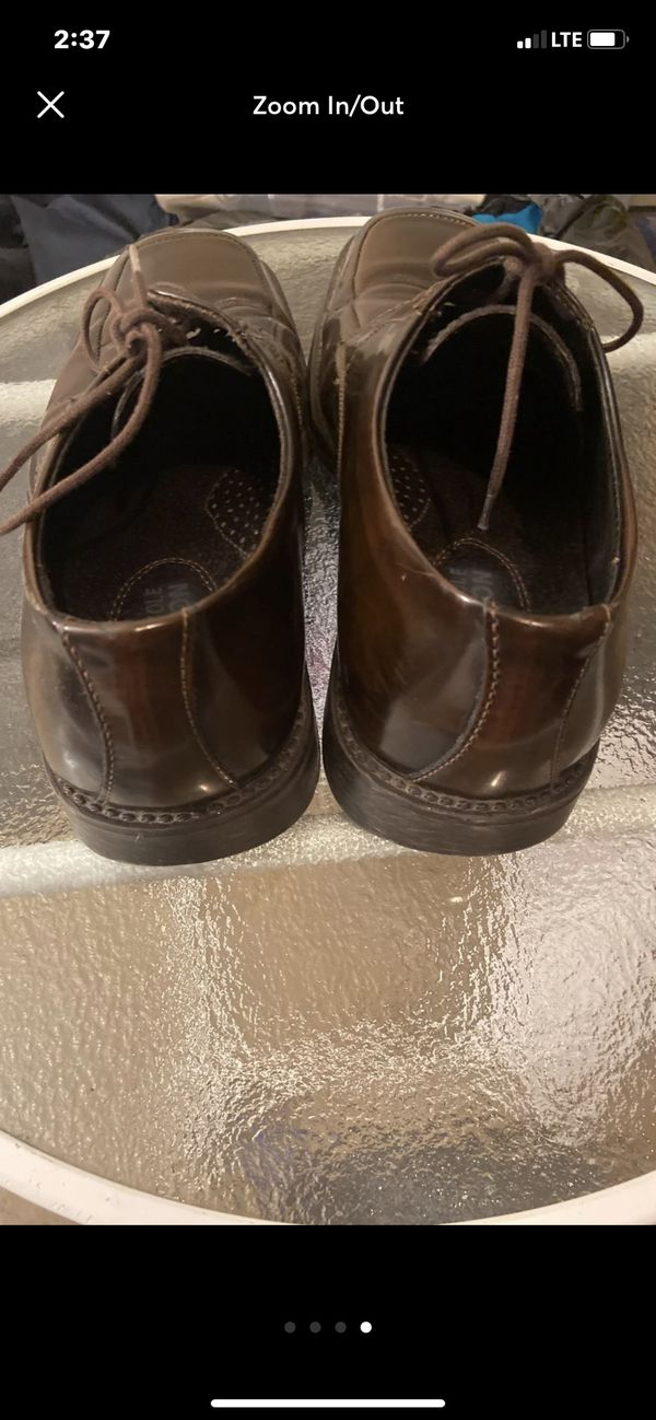 Men's Kenneth Cole Dress Shoes - size 9 - great condition S7
