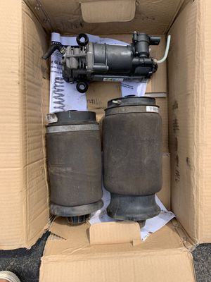 2007 GL450 Mercedes Benz parts for sale ... Air suspension Motor, 2 rear suspension air bags and one front suspension air bag for Sale in Stoughton, MA