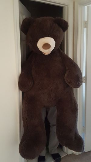Barely used bear plush for Sale in Fairfax, VA