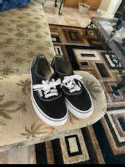 Womens Authentic Vans Shoes for Sale in Madera, CA