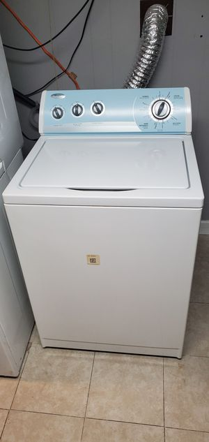 Good working conditions washer machine whirlpool for Sale in Woodbridge, VA