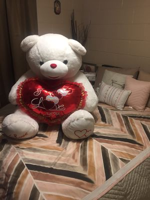 Giant teddy bear with heart for Sale in Colton, CA