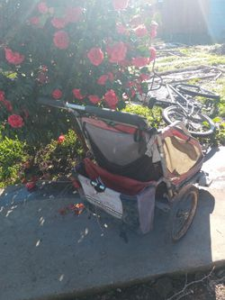Bicycle trailer for Sale in San Leandro,  CA
