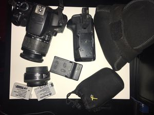 Canon t4i with two lenses and accessories for Sale in Sioux Falls, SD