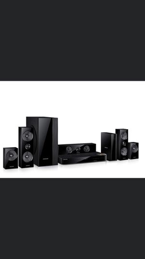 Samsung Home 5.1 Entertainment System HT6500W for Sale in Bloomingdale, IL