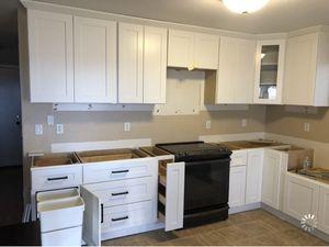 Complete Kitchen Cabinet Set for Sale in Phoenix, AZ
