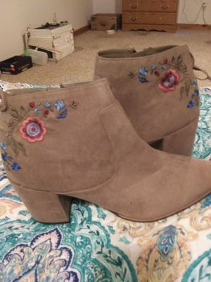 Womens boots for Sale in Farmville, VA