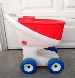 Step2 Play Cart Shopping Cart Excellent Condition for Sale in Whittier, CA
