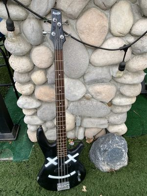 Bass guitar for Sale in Los Angeles, CA