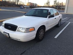 2011 Crown Victoria - $2600 for Sale in Silver Spring, MD