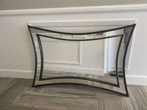 Arched wall mirror with black wood framing for Sale in Los Angeles, CA