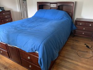 Queen size bed frame with drawers for Sale in Ellwood City, PA