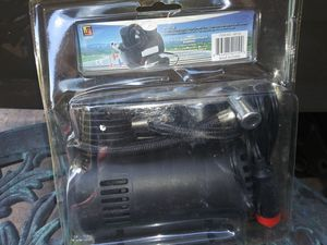 250 PSI, 12V PORTABLE AIR COMPRESSOR, NEW!! for Sale in Spring Hill, FL