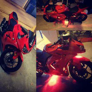 Kawasaki ninja motorcycle for Sale in Harwood Heights, IL