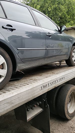 2008 Hyundai sonata for parts tires excellent condition pirrlly tires p 215/60r16 for Sale in Dallas, TX