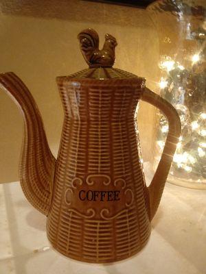 1960's vintage basket weave ceramic coffee pot with rooster lid for Sale in Glendale, AZ