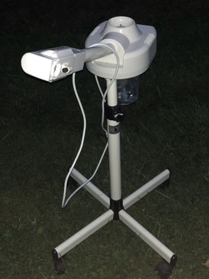 Facial steamer ( not fully working) for Sale in Branford, CT
