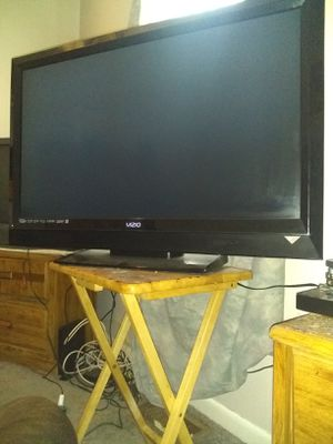 40 inch Full HD 1080P Vizio TV for Sale in Fredericksburg, VA