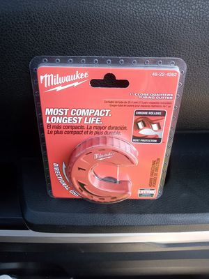 "MILWAUKEE 1"" CLOSE QUARTERS TUBING CUTTER for Sale in Oceanside, CA"