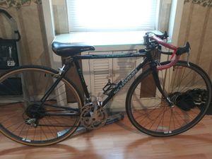 Schwinn bike for Sale in Camden, NJ