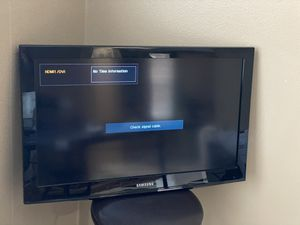 "SAMSUNG 32"" TV for Sale in Corona, CA"