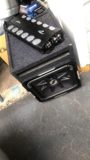 kicker 15 L7 w/amp for Sale in Everett, MA