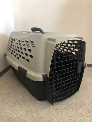Small dog crate for Sale in Oatfield, OR