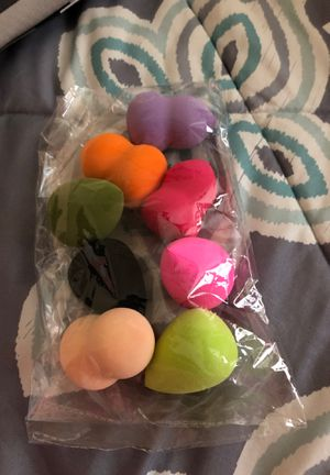 Make up foundation sponge 8/bag for Sale in San Antonio, TX
