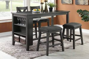 Table set with 4 stools for Sale in San Bernardino, CA