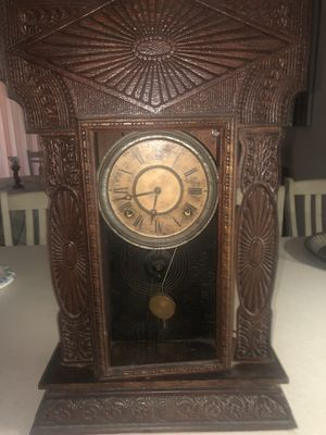 Antique clock for Sale in Palm Bay, FL
