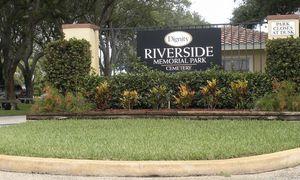 2 cemetery plots at riverside memorial park for Sale in Jupiter, FL