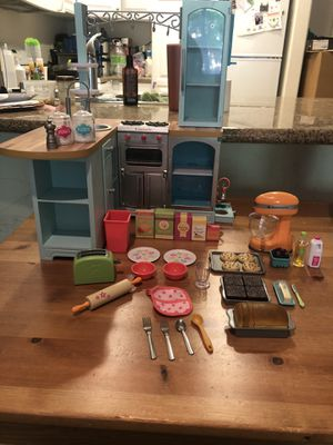 """Retired American Girl Doll Gourmet 18"""" Toy Kitchen for Sale in Orange, CA"""