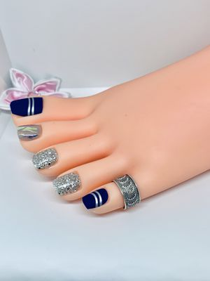 925 sterling silver toe ring, adjustable size for Sale in Whittier, CA