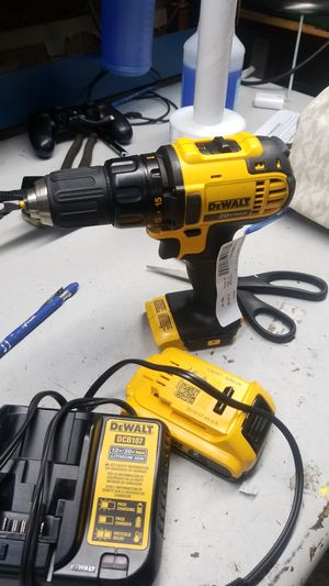 Dewalt 20v lithium drill for Sale in Jacksonville, FL